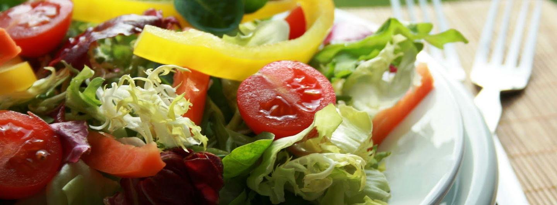 Salada2510293d2698b2.crop 1600x591 0%2c233.resize 1440x532