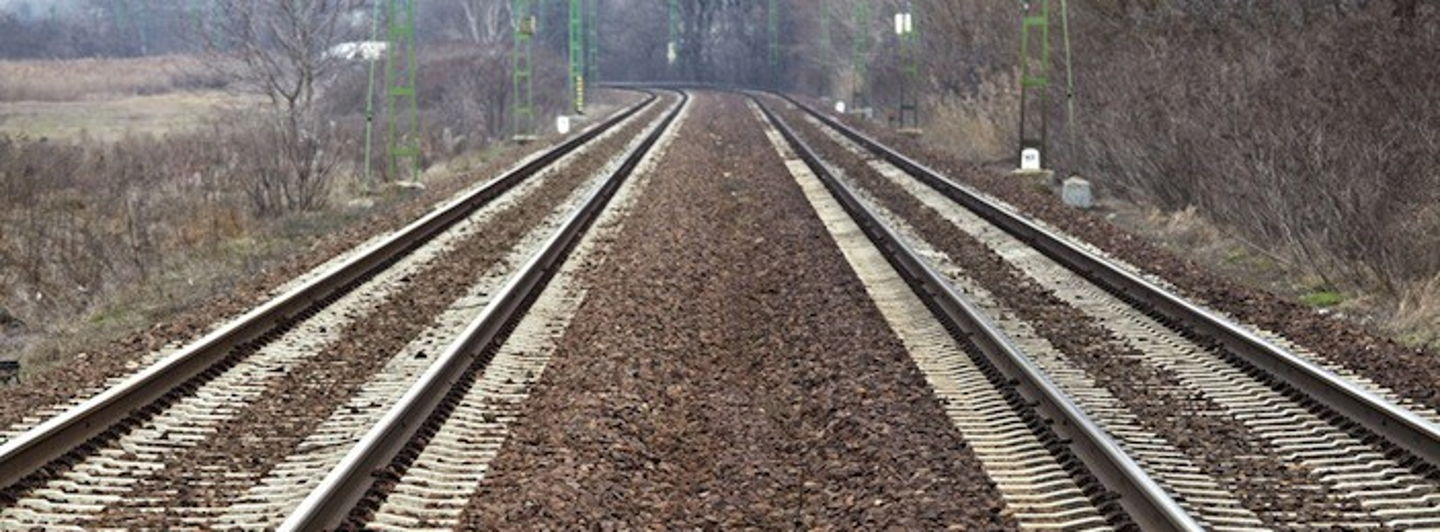 Rails.crop 702x259 0,0.resize 1440x532