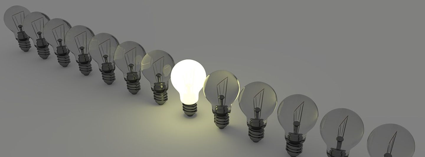 Lightbulbs1125016 960 720.crop 960x354 0,4.resize 1440x532